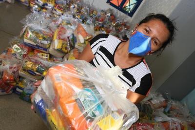 Nesta segunda etapa, cerca de 70 mil kits de alimentos já foram entregues nas unidades ensino