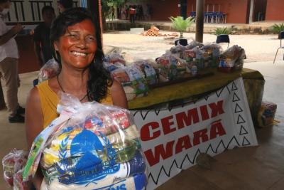 Os alimentos visam auxiliar os estudantes e suas família durante o período da pandemia