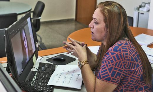 A superintendente Amanda Pereira da Costa detalhou as ações e os projetos da Seduc realizados durante a pandemia