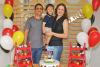 Com o filho Manoel, o subtenente Lima e a esposa Ariana vivem dias de novos aprendizados