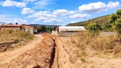 As obras beneficiaram cerca de 80 famílias que moram na parte alta da cidade