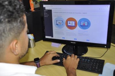 Os cursos podem ser acessados nos ambientes de aprendizado da ATI ou Secad.