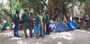 Equipe realiza visita a acampamentos na região do Cantão