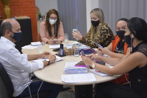 Integrantes do GT tiveram várias reuniões semipresenciais para elaborar o plano
