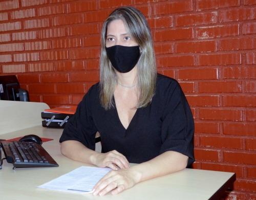 A gerente de Orientações e Normas da CGE-TO, Elaine Cristina Zanetti Avelino é responsável por ministrar o curso