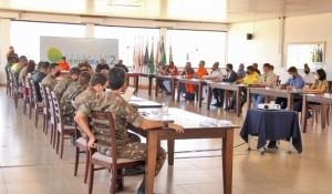 Naturatins participa de reunião no exército para discutir o combate aos incêndios florestais