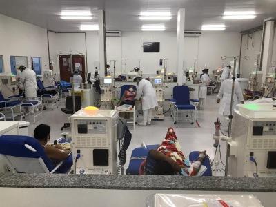 Atualmente, 522 pessoas com insuficiência renal utilizam o serviço através do Sistema Único de Saúde (SUS), em quatro centros de nefrologia