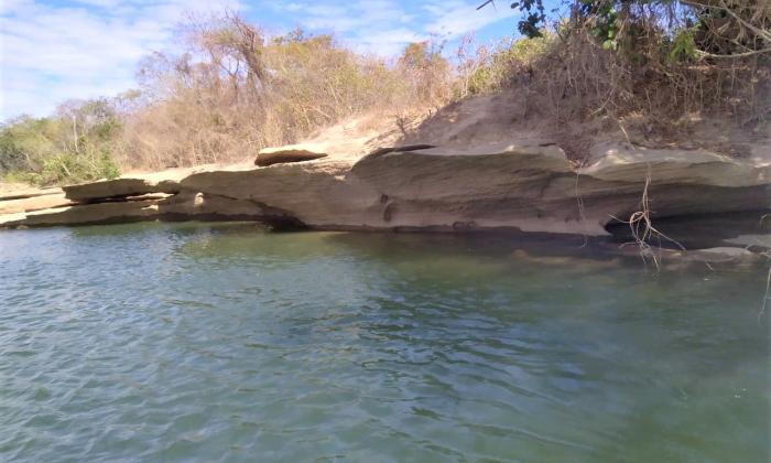 Rio Palmeiras, em Taipas, onde embarcação naufragou  com oito pessoas no último domingo, 13