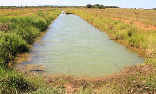 Essa é uma chamada diferenciada que objetiva a recuperação de rios e lagoas, o desenvolvimento de produtos e processos biotecnológicos para tratamento de esgoto e recuperação de águas superficiais