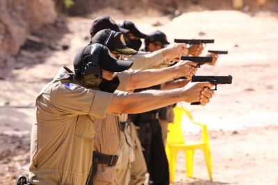 Aulas práticas ministradas pelo armeiro oficial da Glock Brasil.