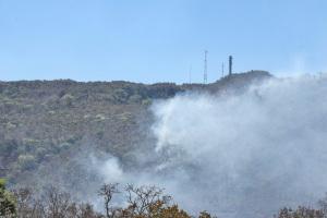 Fumaça na Serra do Carmo provocada pelas queimadas atinge população em toda a capital