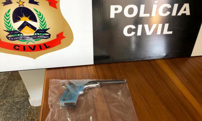 Arma de fogo apreendida pela Polícia CIvil na casa de pai de suspeito de praticar homicídio em Natividade