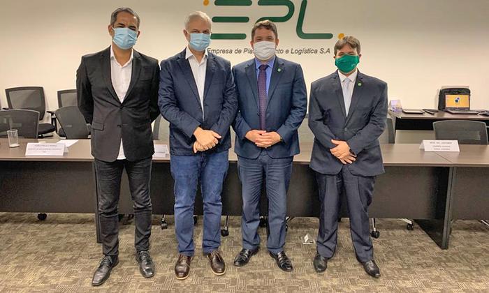 Reunião entre o secretário de Parcerias e Investimentos, Claudinei Quaresemin; e o diretor-presidente da EPL, Arthur Pinho, ocorreu na última sexta, 25, em Brasília