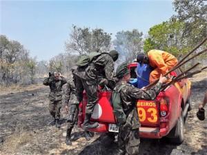Equipes do Exército Brasileiro, Corpo de Bombeiros Militar e Defesa Civil se preparam para o combate aos focos