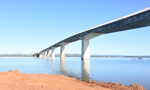 As obras da nova ponte de Porto Nacional foram iniciadas ainda em 2019 com recursos do próprio Estado