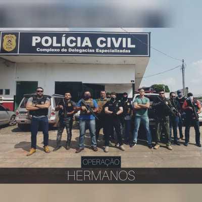 Durante a ação, a Polícia Civil ainda localizou um ponto de desmanche de motos e estourou uma boca de fumo.