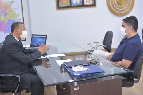 Secretário recebe empresário do setor gastronômico para discutir demandas do mercado