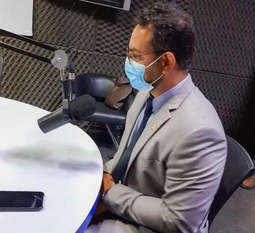 Em entrevista, secretário Bruno Barreto reforça o prazo de 30 dias para a portabilidade de carência