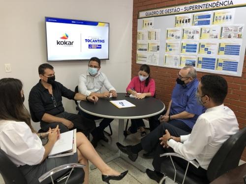 Diretores da Kokar Tintas são recebidos pelos técnicos da Sics
