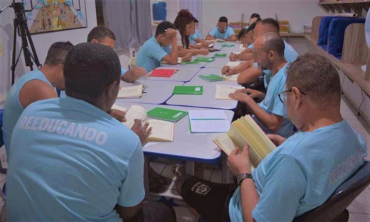 Remição de pena pela leitura é recomendada pelo Conselho Nacional de Justiça (CNJ) ao condenado em regime fechado ou semiaberto