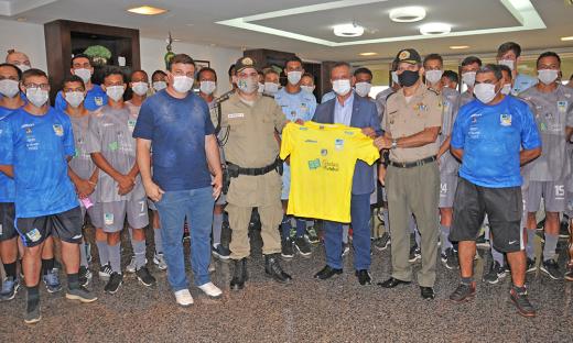 O time do 1º BPM é formado em parceria com o projeto Cidadãos do Futebol, criado pelo ex-jogador César Sampaio