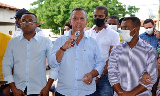 Governador em exercício esteve na região sudeste paradiscutir as prioridades das cidades e as possíveis parcerias com o Governo do Tocantins