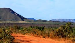 Intervenções têm como objetivo restabelecer a trafegabilidade na região, que é um dos principais polos turísticos do Estado