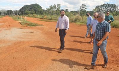 Thiago Dourado, Aleandro Lacerda e equipe técnica fizeram visita, nessa quinta-feira, 26, no local da Agrotins