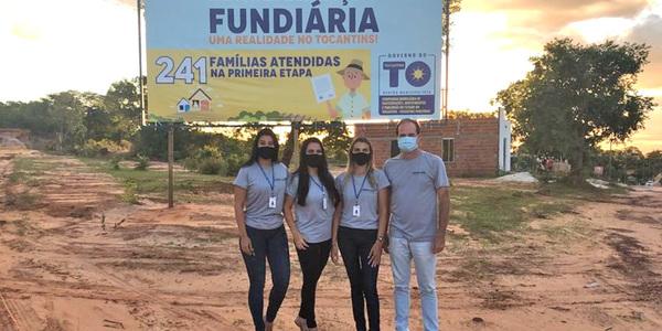 Equipe técnica de assistentes sociais e assessoria jurídica da Terratins visitam os bairros que serão beneficiadas com a regularização fundiária promovida pelo Governo do Tocantins