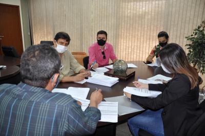 Grupo de Trabalho-Terminais debatendo sobre o projeto de Concessão dos Terminais Rodoviários do Estado