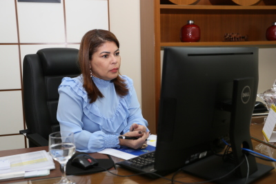 Professora Adriana Aguiar falou da satisfação da parceria que beneficia a todos os estados brasileiros