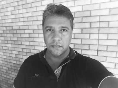 Professor Marco Aurélio ajudou outros docentes a usarem as tecnologias para o ensino