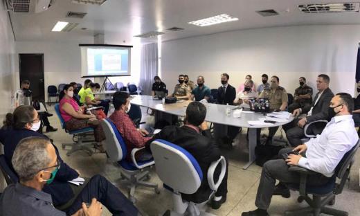Integrantes da SSP e demais forças de segurança reunidos para construção do Peaisp