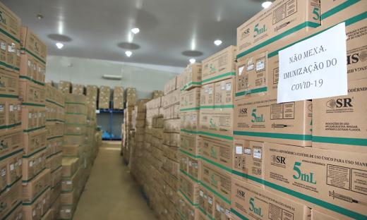 Além dessas seringas em estoque, o Governo do Tocantins já licitou mais 1.666.957 unidades