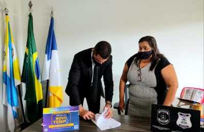 Seciju e prefeitura de Novo Acordo assinam Termo de Cooperação para fabricação de artefatos de concreto por meio de mão de obra prisional