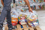 Governo do Tocantins atende 15 mil famílias em mais uma etapa de entrega de cestas básicas