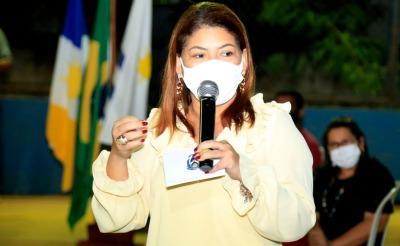 Secretária de Estado da Educação, Adriana Aguiar, destacou a importância do diálogo com a comunidade para esta implantação