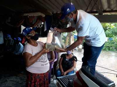 Os alevinos vão beneficiar 63 famílias das comunidades quilombolas Baião e Poço Dantas