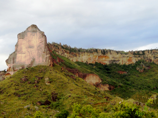 Serra da Catedral está localizada entre as cidades de São Félix e Novo Acordo