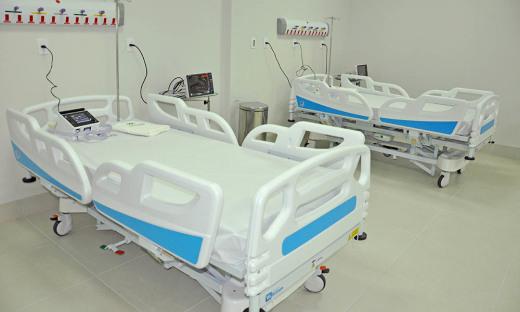 A unidades já recebeu (até a sexta-feira, 19) 571 pacientes, dos quais 376 receberam alta por melhora, 105 foram transferidos para outras unidades hospitalares e 53 foram a óbitos