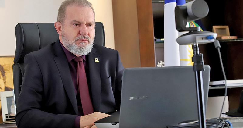 O governador Mauro Carlesse sugeriu que, a partir de agora, devido ao aumento do número de casos, as reuniões do Comitê sejam semanais para que o acompanhamento das ações seja mais rápido