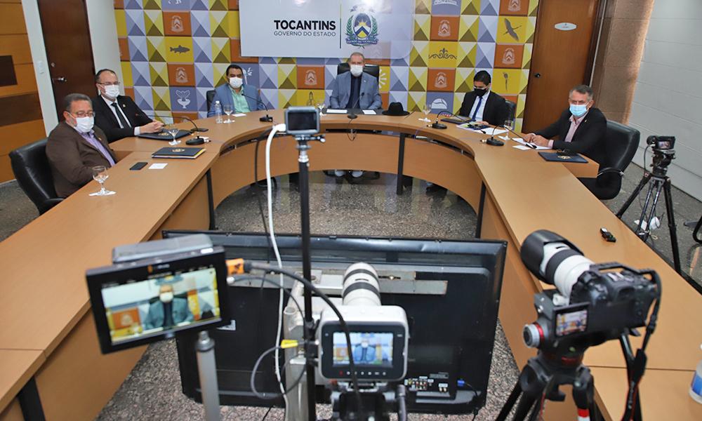 O governador Mauro Carlesse assinou, nesta terça-feira, 9, protocolo de Intenções com o Banco da Amazônia, que irá disponibilizar R$ 1,9 bilhão para investimento nos setores produtivos do Estado - Washington Luiz/Governo do Tocantins