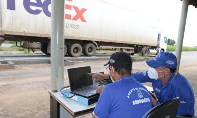 Fiscalização viária ganha reforço com a utilização de duas novas balanças rodoviárias portáteis.