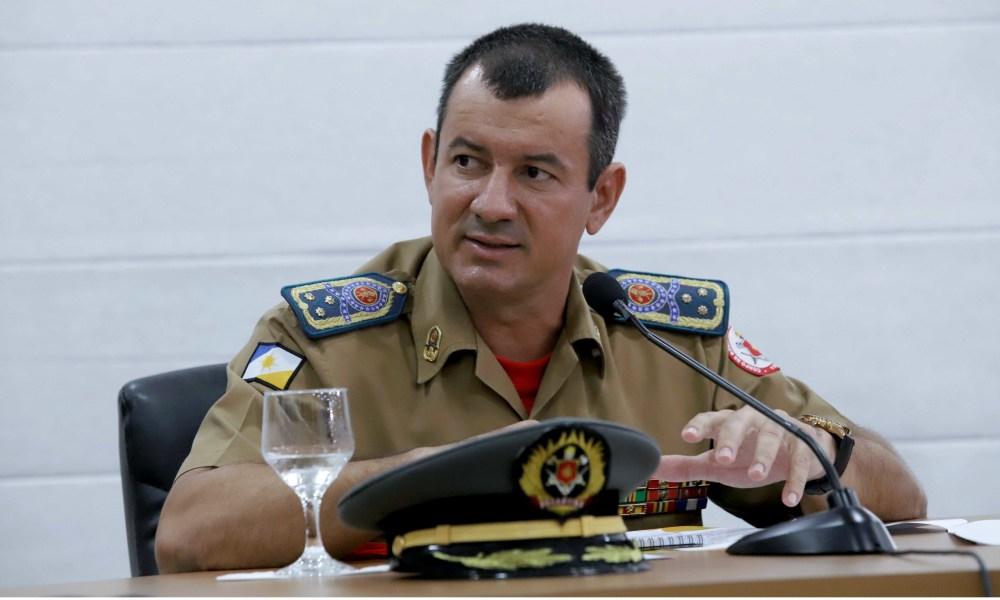 O Comandante do Corpo de Bombeiros, Cel Leandro, destacou a importância de atualizar e modernizar a legislação - Washington Luiz/Governo do Tocantins