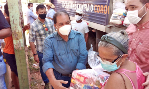 Patrícia Maria Rodrigues, produtora assistida pelo Ruraltins registrou sua gratidão por receber a equipe do Governo do Tocantins com a entrega de cestas básicas