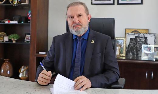 Governador Carlesse assinou decreto prorrogando medidas que visam combater a propagação do novo coronavírus em todo o Estado