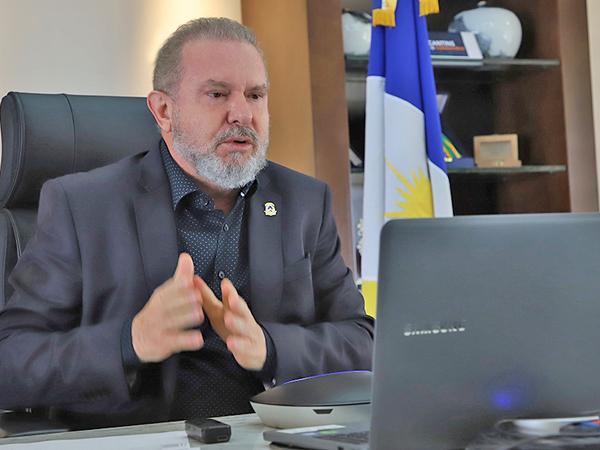 Governador Carlesse tem buscado várias alternativas para conseguir aumentar o número de vacinas no Estado, mais 1 milhão de doses devem beneficiar população