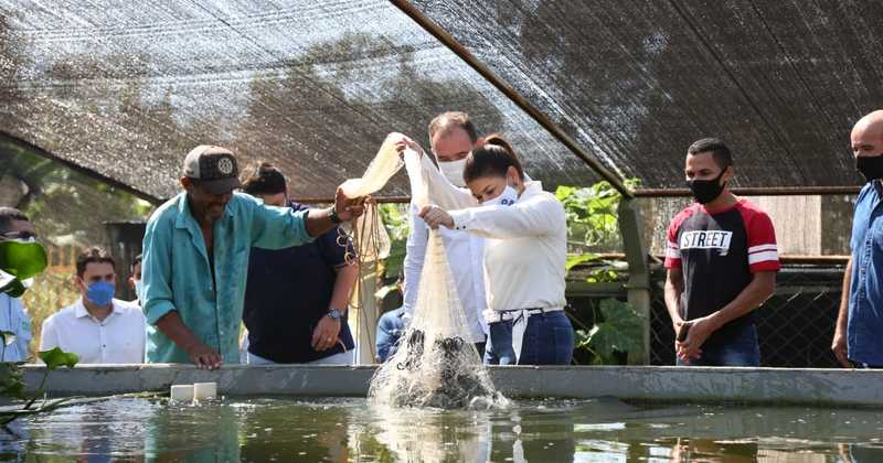 Um dos projetos desenvolvidos na Escola Municipal de Tempo Integral Benevenuto Alves Moreira é o de aquaponia.jpeg