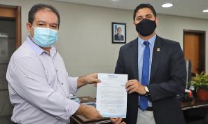 Secretário-chefe da Casa Civil, Rolf Vidal, recebeu o presidente do Sisepe, Cleiton Pinheiro