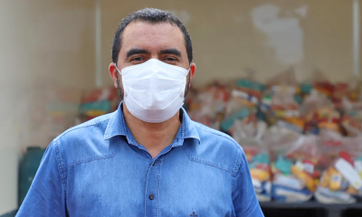 Wanderlei Barbosa, acompanhou nesta sexta-feira, 30, a distribuição de cestas básicas na região de Taquaruçu, distrito de Palmas - Vice-Governadoria/Governo do Tocantins